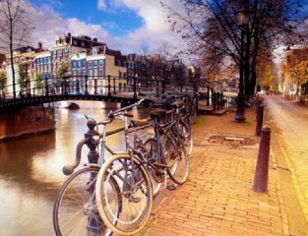 #Amsterdam : quando la #bicicletta diventa un must