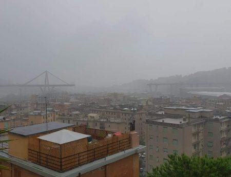 """Il crollo del Ponte Morandi ( detto Ponte di """"Brooklyn"""") a Genova il 14/8/2018"""