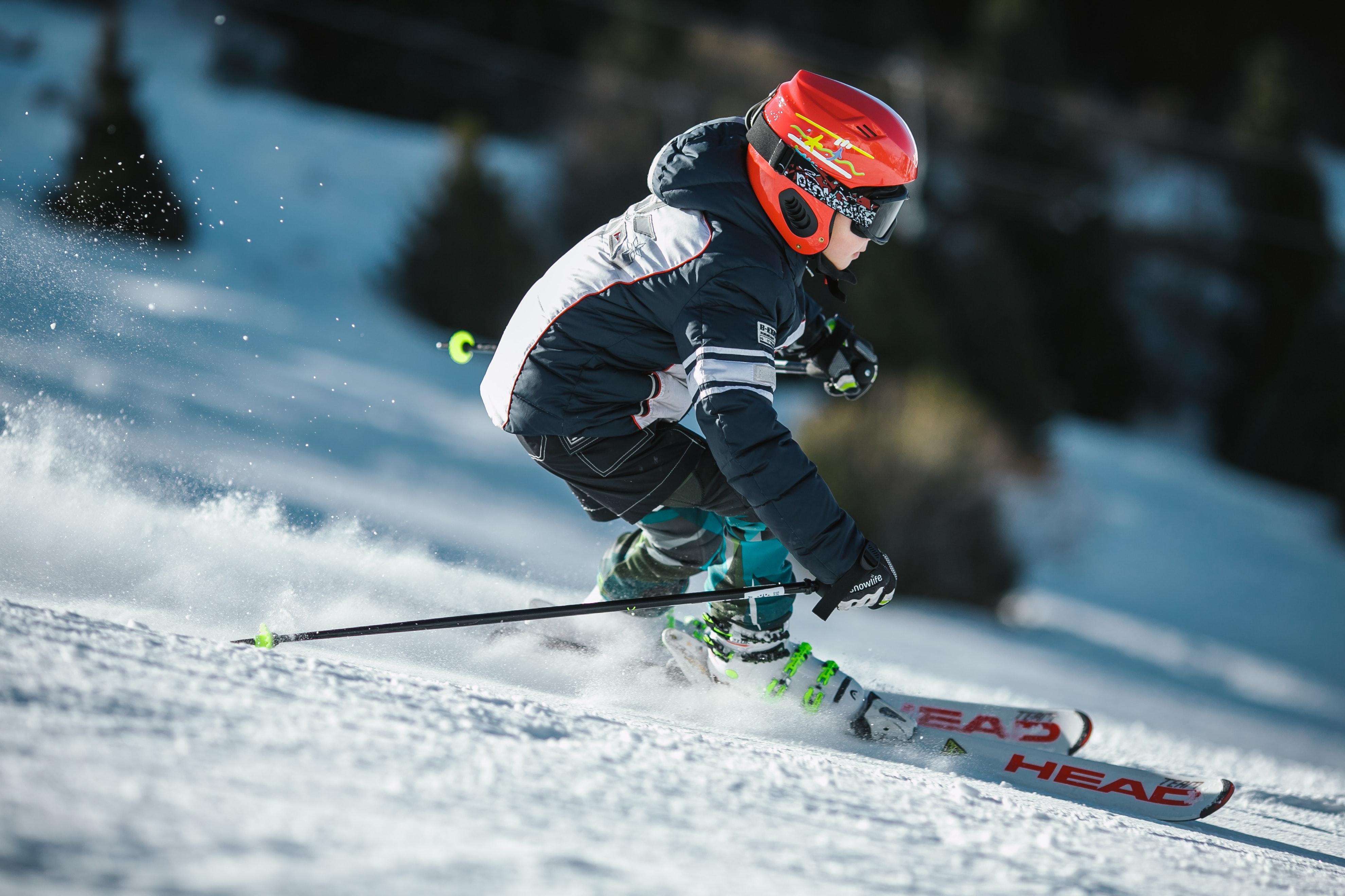 bambini sugli scii